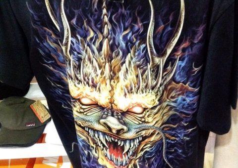 in logo lên áo thun cho shop thời trang tphcm